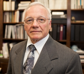 Dr. Ammon Peck, Professor of Pathology and Oral Biology